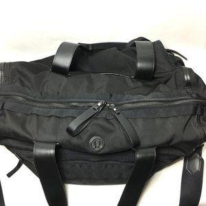 lululemon athletica Bags - Lululemon Large Gym/Weekender Duffle Bag
